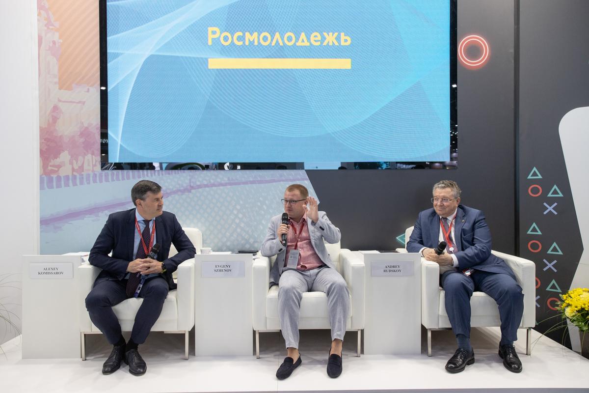 Ректор СПбПУ стал героем открытого разговора