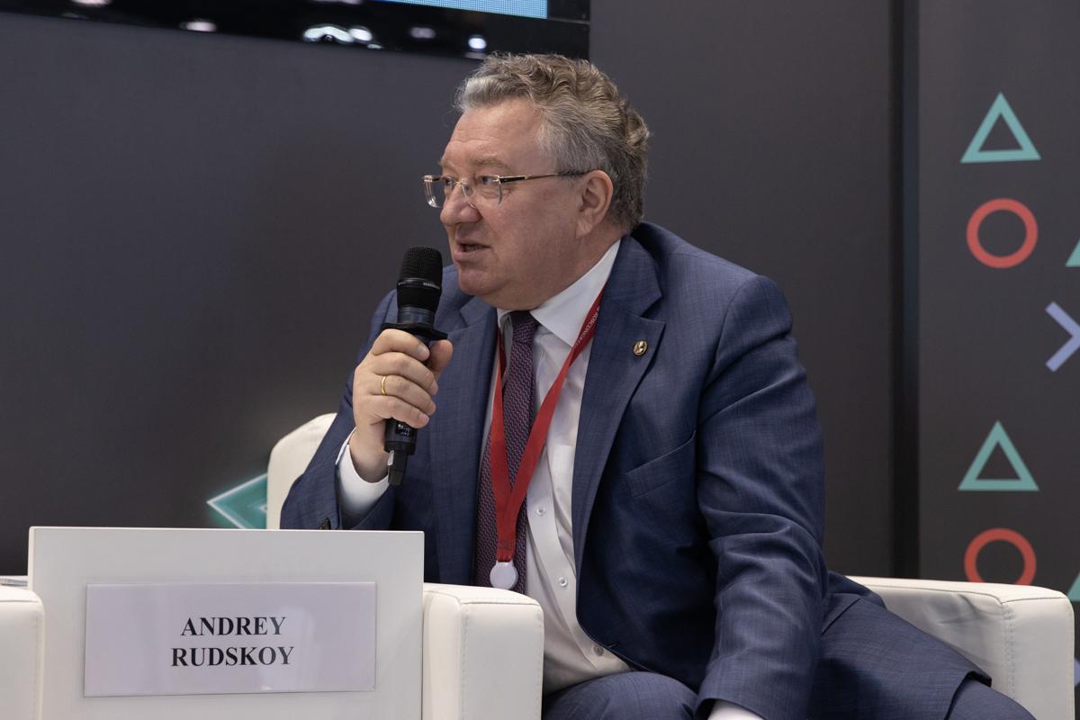 Ректор СПбПУ подробно рассказал о взаимодействии Политеха с властью и промышленностью региона