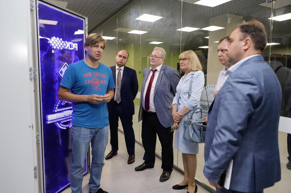Гости в Суперкомпьютерном центре
