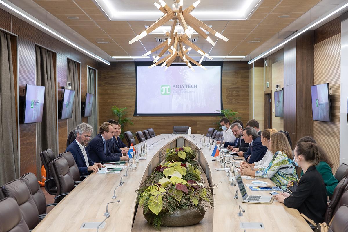Переговоры прошли на площадке Научно-исследовательского корпуса «Технополис Политех»