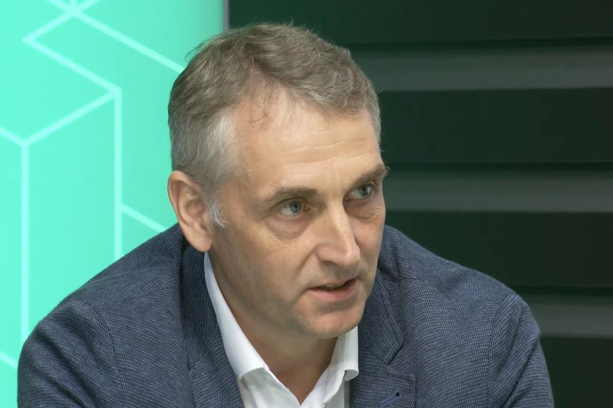 С приветственным словом к участникам обратился первый проректор СПбПУ Виталий Сергеев