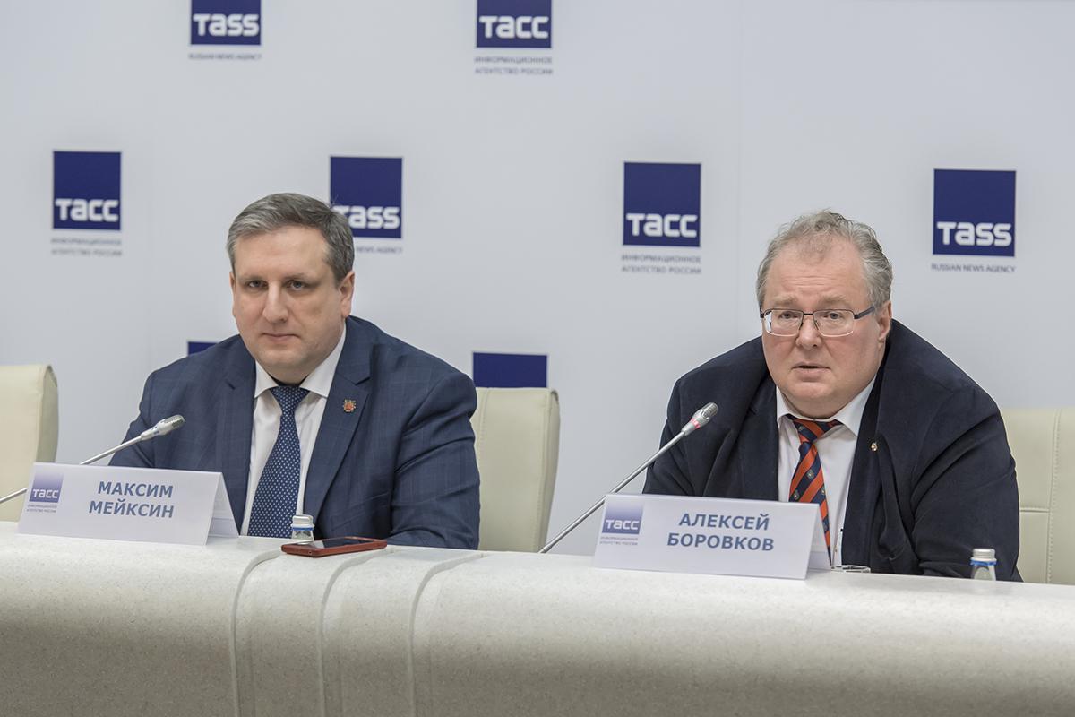 С представителями СМИ общались М.С. Мейксин и А.И. Боровков