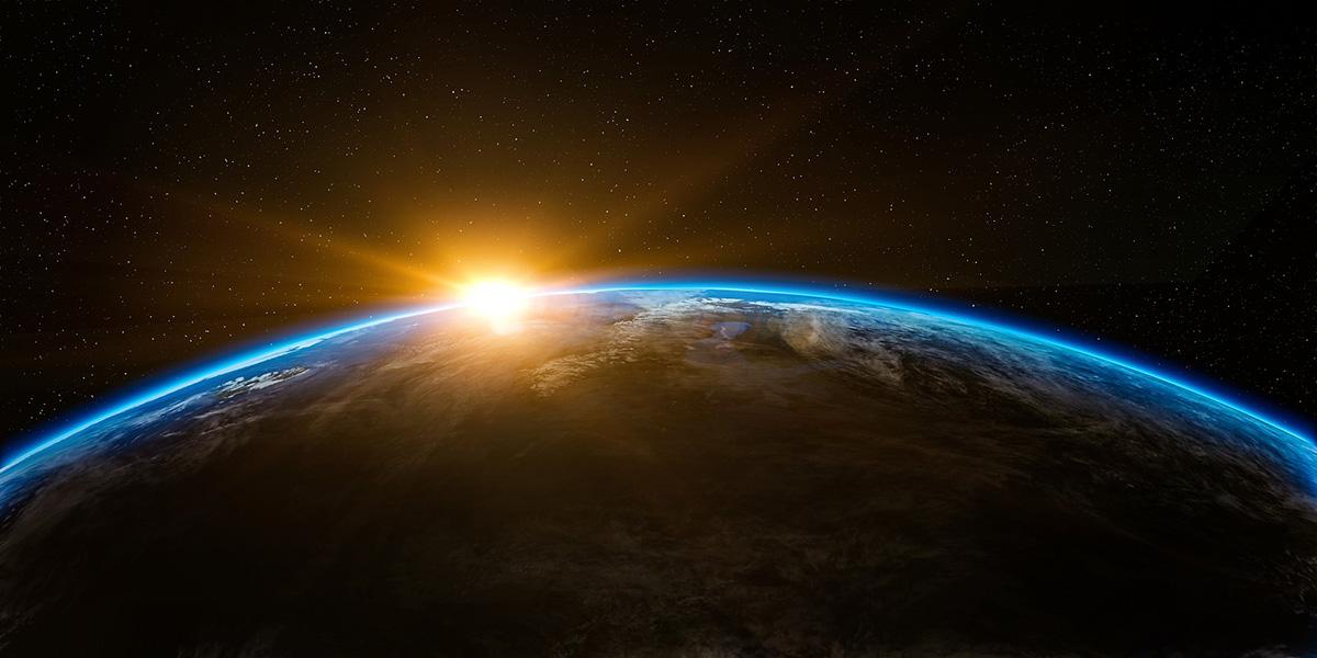 Первое, для чего нужны такие исследования – для наблюдений из космоса за жизнью на Земле