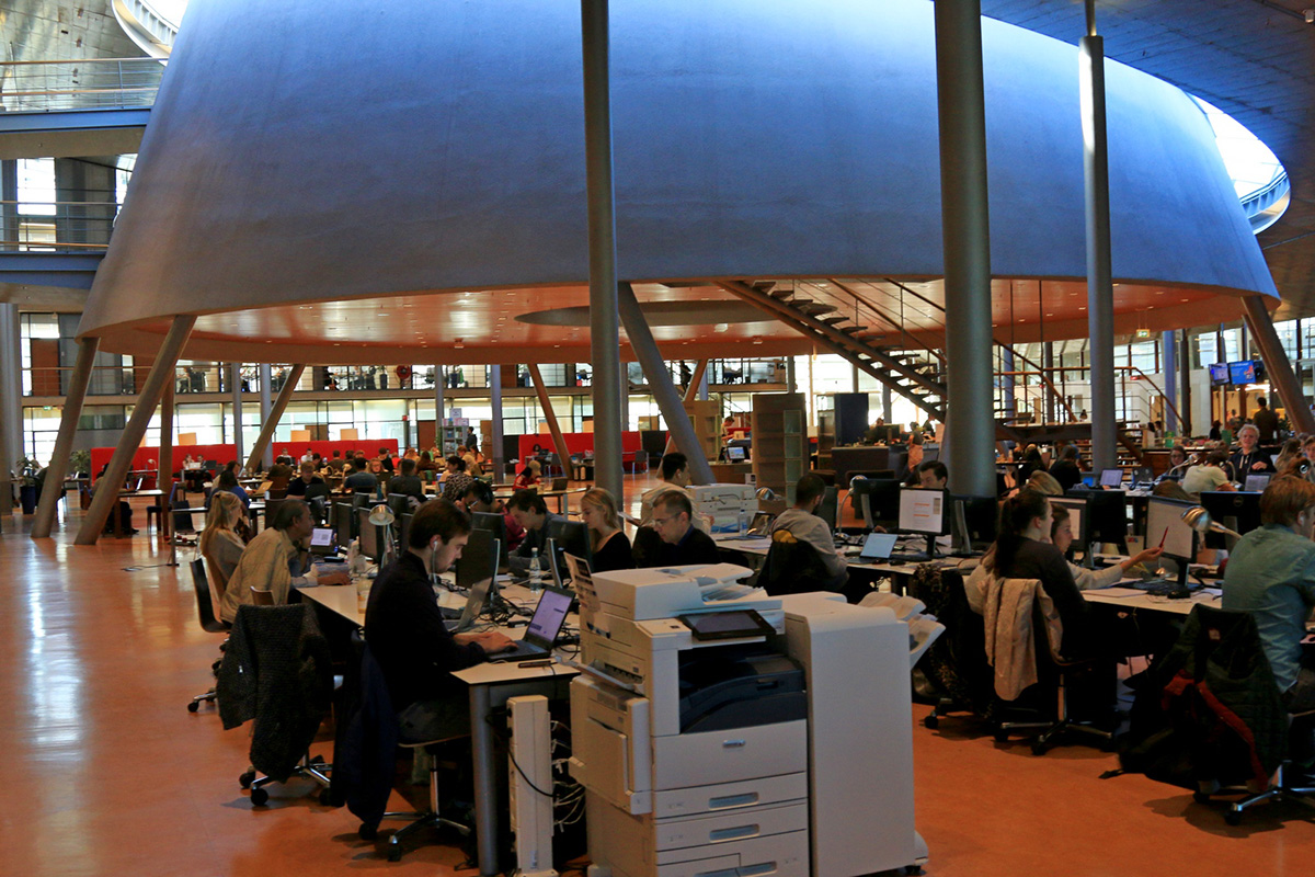 Как правило, в библиотеке ТУ Делфта все из 1700 рабочих мест заняты