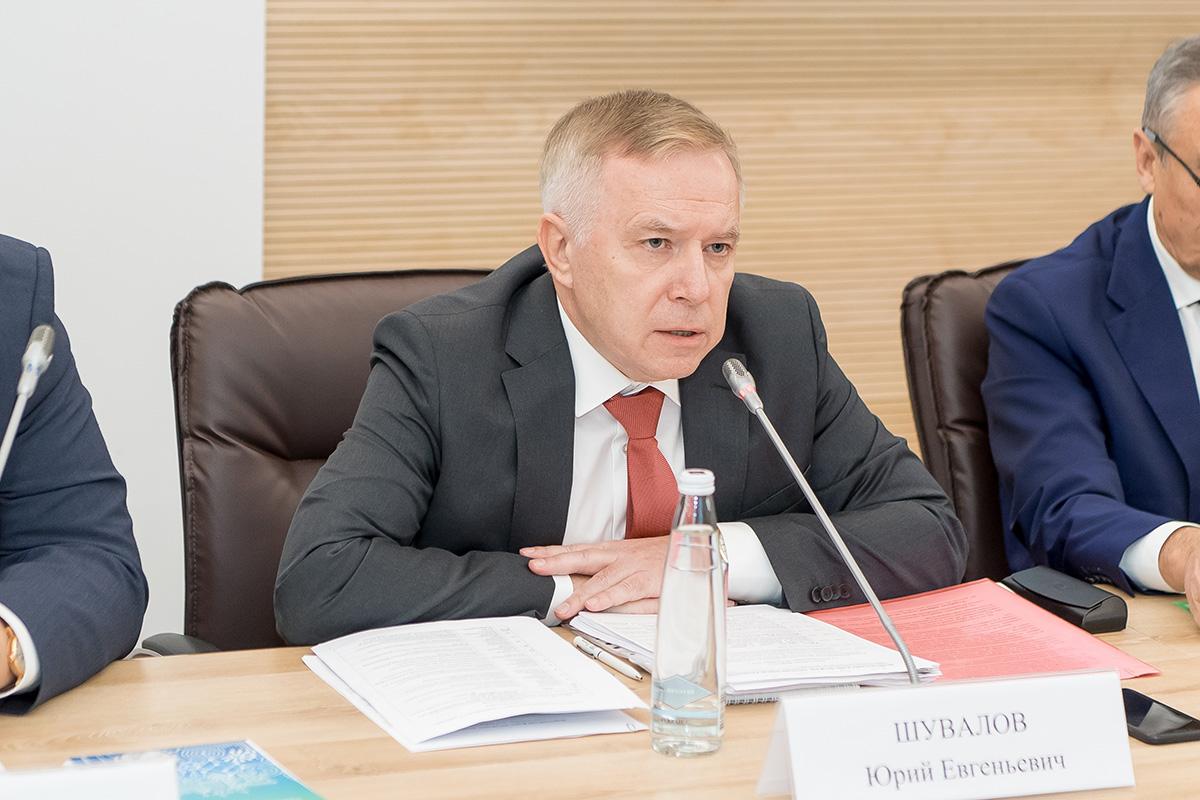 Во вступительной речи Юрий Шувалов, сам выпускник Политеха, вспомнил историю нашего университета
