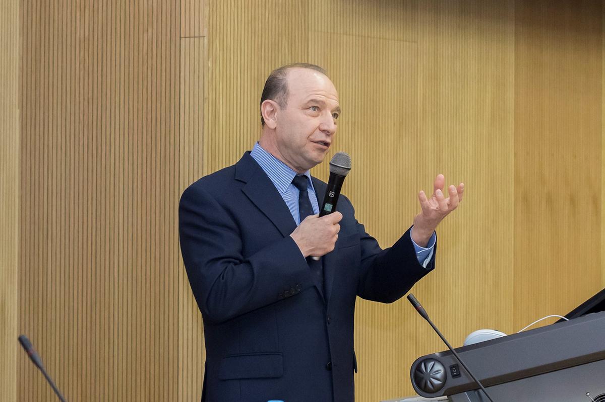 В СПбПУ прочитал лекцию ведущий ученый в области систем стратегического управления, академик Владимир Львович Квинт