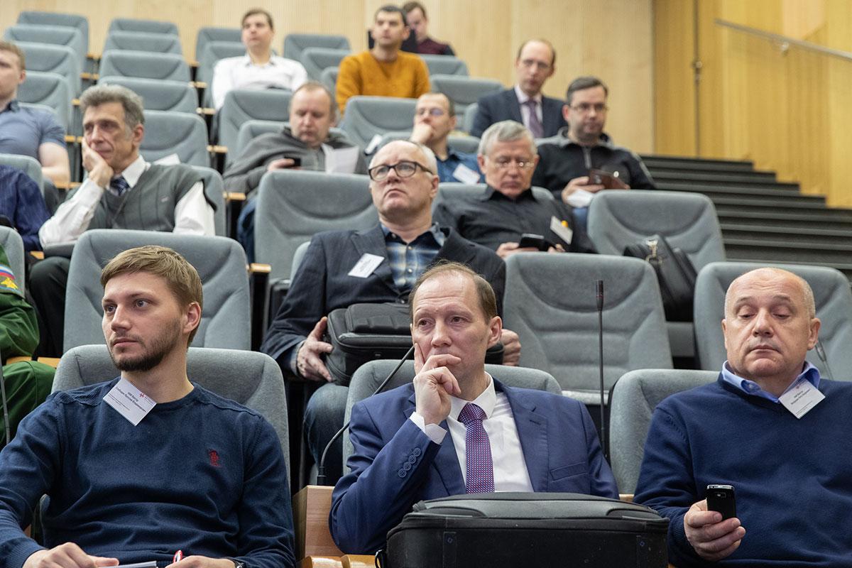 Участники симпозиума – специалисты, отвечающие за разработку, тестирование и поддержку радиоэлектронных средств и систем аэрокосмических приложений