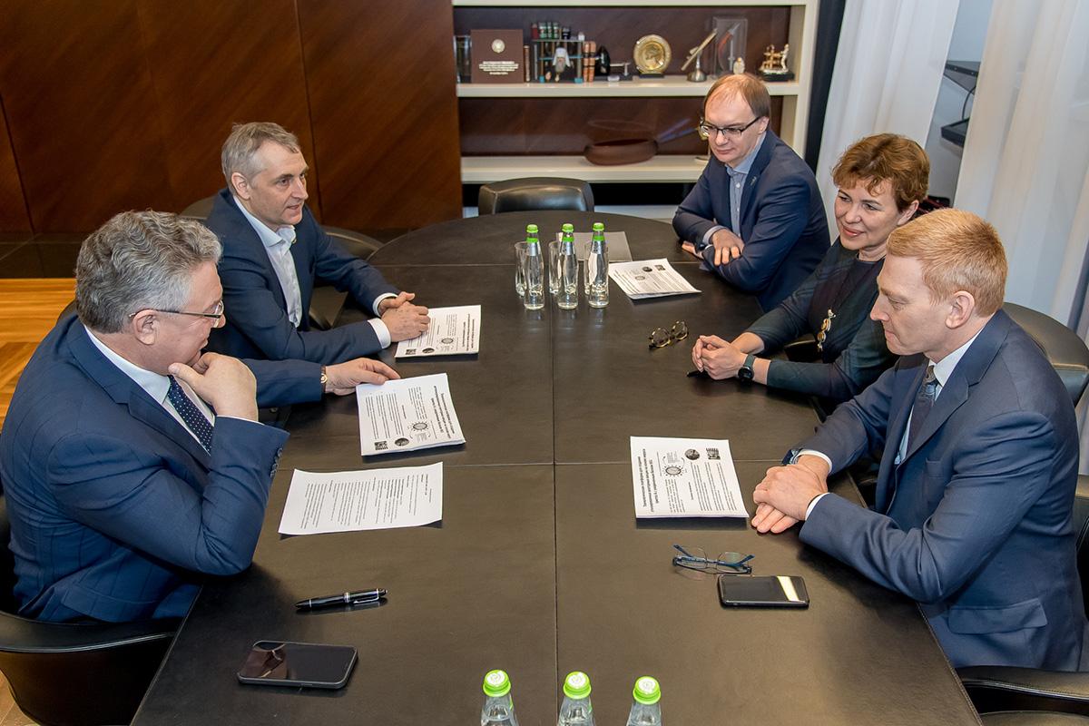 Итогом переговоров стало решение о подписании соглашения и составлении дорожной карты