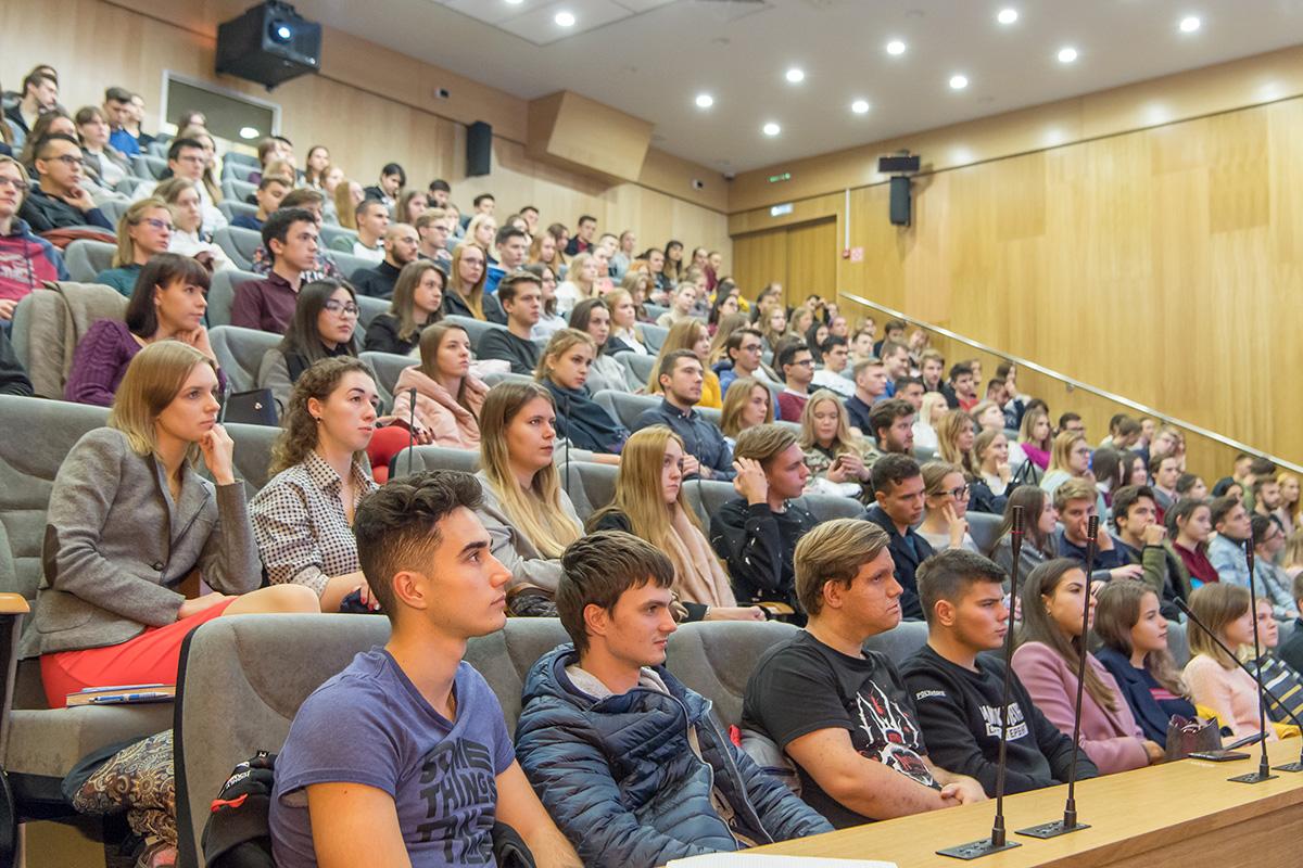 Студентам Политеха прочитали лекцию эксперты Яндекса по обучению