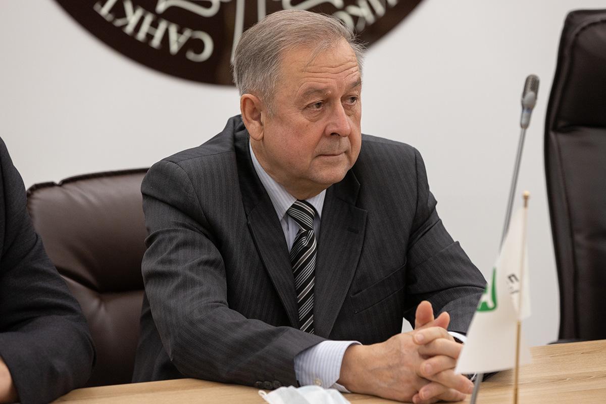 Научным руководителем программы был избран профессор Политеха Сергей МАКАРОВ