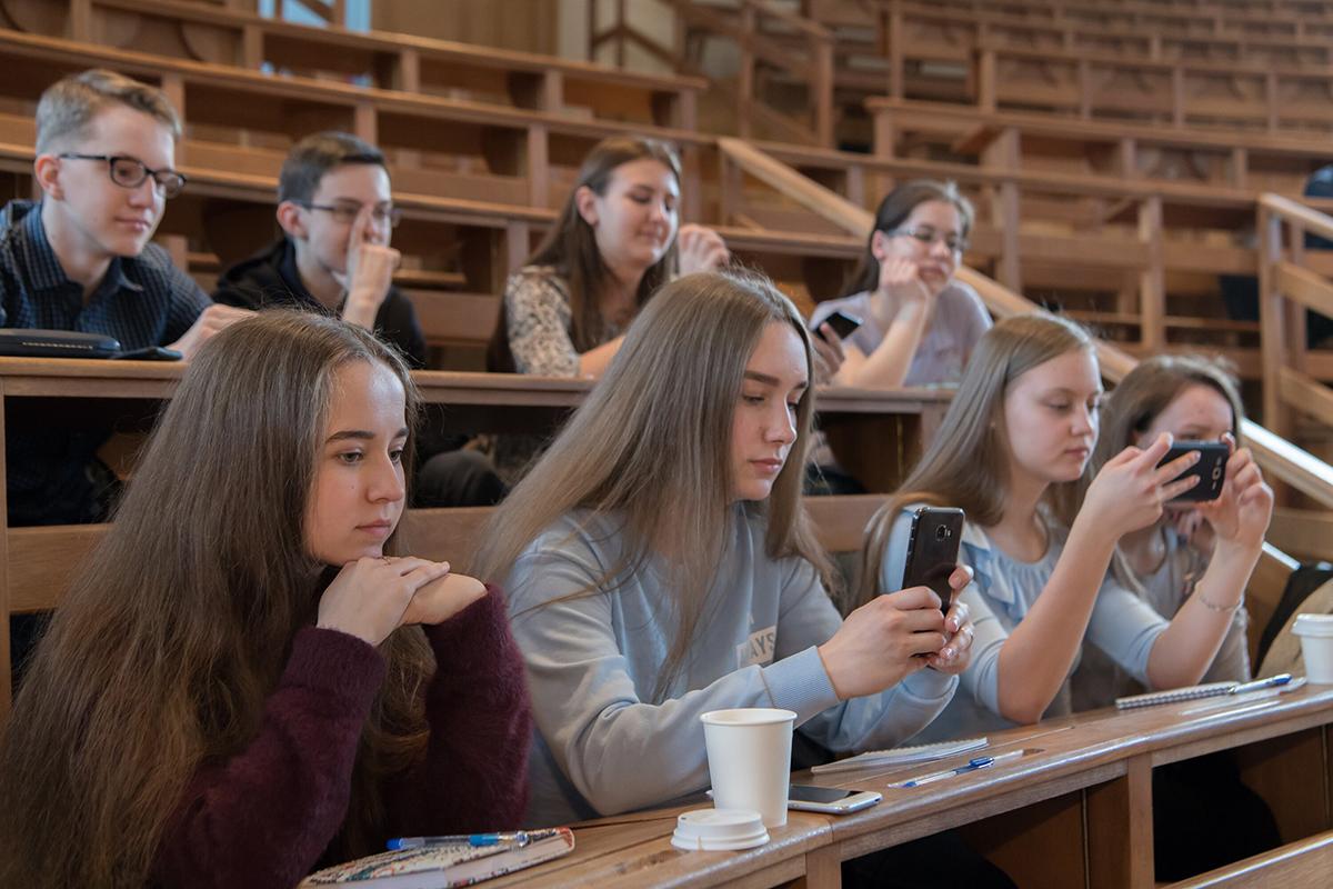 Уже четвертый год подряд талантливые школьники приезжают в Политех на инженерную школу
