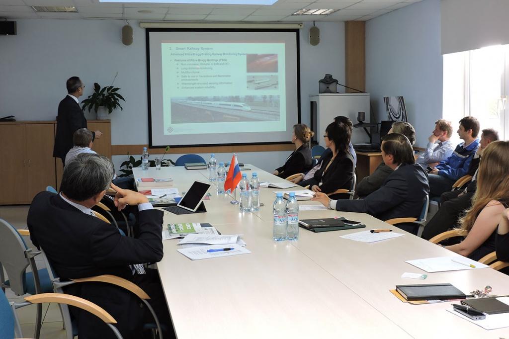 Обсуждение основных вопросов сотрудничества с делегацией Гонконгского Политехнического университета