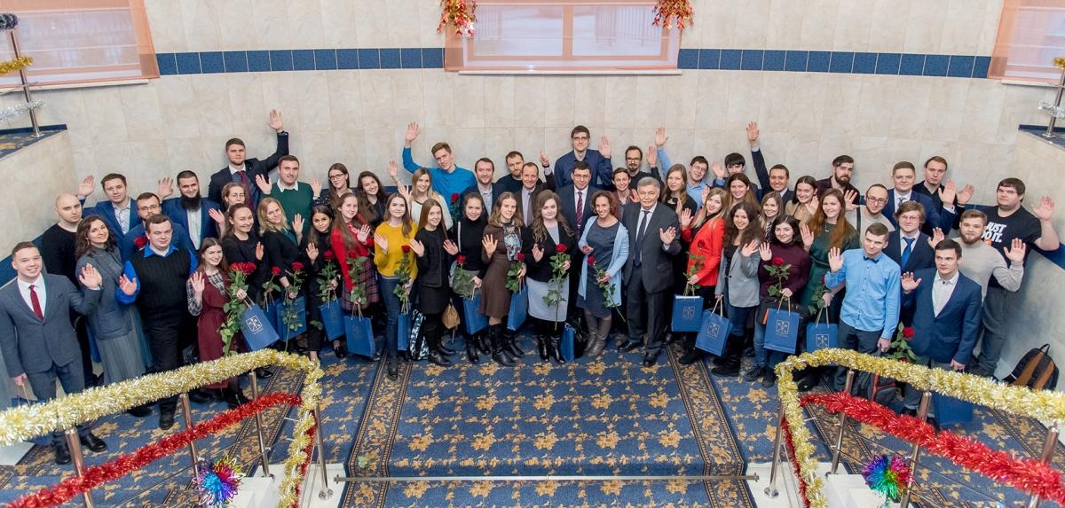Стипендиаты Правительства города и победители конкурсов грантов от Санкт- Петербургского политехнического университета Петра Великого