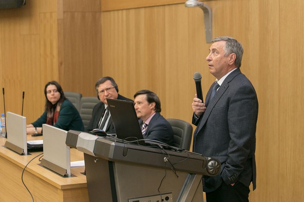 Директор ИММиТ СПбПУ А.А. Попович рассказал, что за время взаимодействия института с Бранденбургским техническим университетом было выпущено 20 магистров
