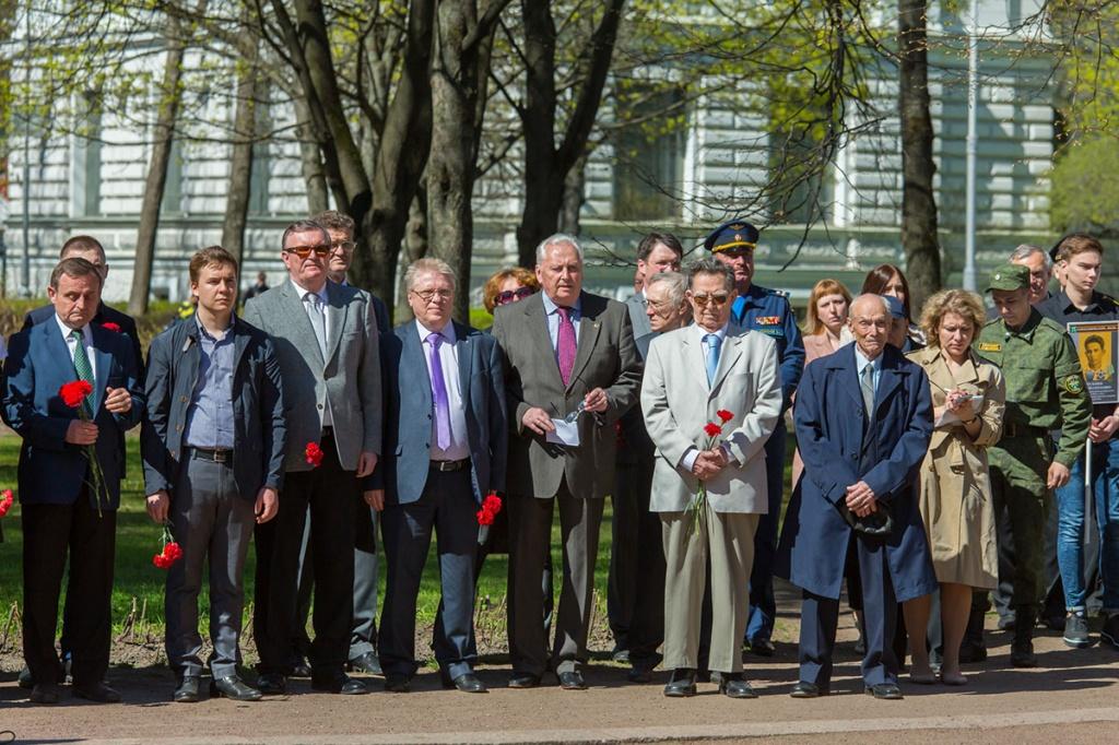 Руководство Политехнического университета на торжественном митинге, посвященном Дню Победы