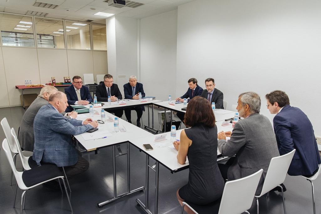 Насыщенная деловая программа началась с посещения Генерального директората университетов Правительства Мадридской автономной области