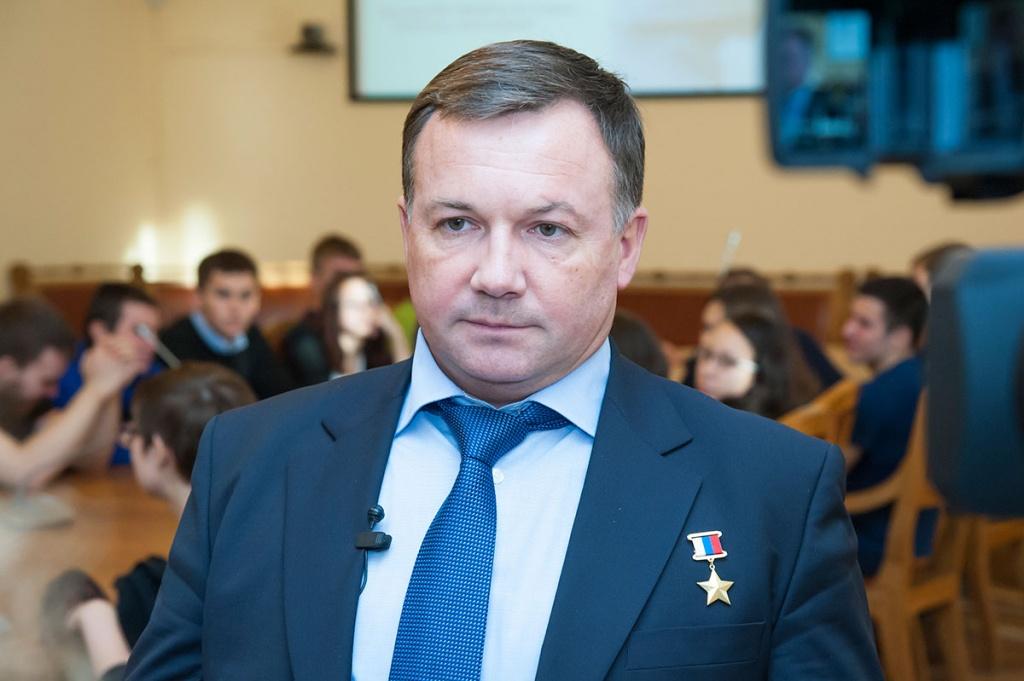 летчик-космонавт Юрий