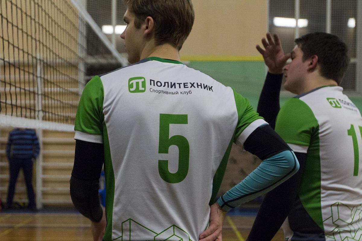 Мужская сборная СПбПУ по волейболу в тройке сильнейших студенческих команд города