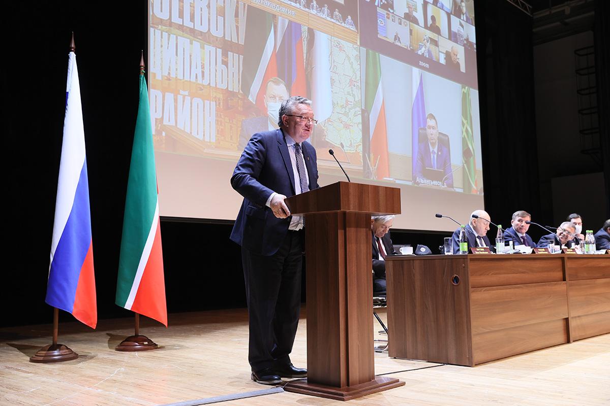 Ректор СПбПУ стал почетным гостем на расширенном заседании коллегии Министерства экономики Республики Татарстан