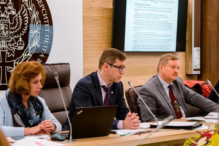 Антон Кривцов охарактеризовал текущую деятельность НАК и ситуацию по работе диссертационных советов, созданных на базе СПбПУ на постоянной основе и работающих по разовым защитам