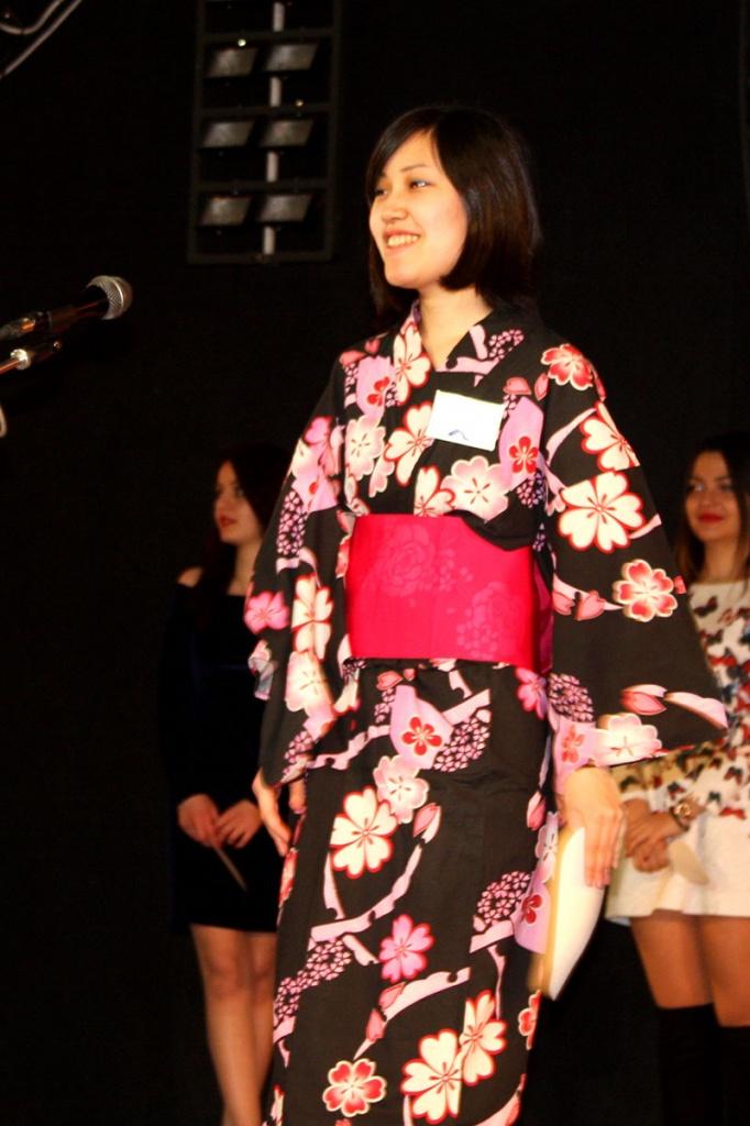 На конкурсе Мисс ИМОП Майко Мизутани рассказала о японской культуре и традициях