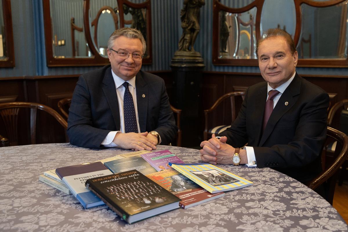 Ученый-геронтолог Владимир ХАВИНСОН посетил Политех